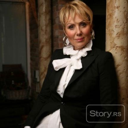 Lepa Brena: Готова съм за операция