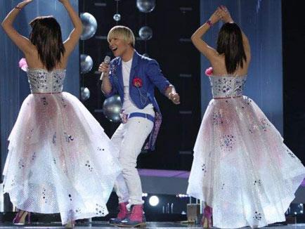 Milan Stanković най-лошо облечен на Евровизия!