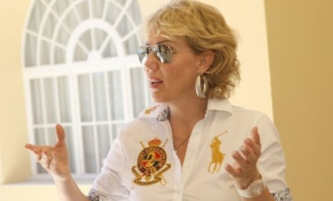 Lepa Brena: Ще пея в Сплит