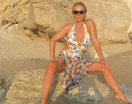 Lepa Brena на море по женски
