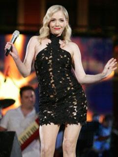 Jelena Rozga пяла без гащи на Сплитския фестивал
