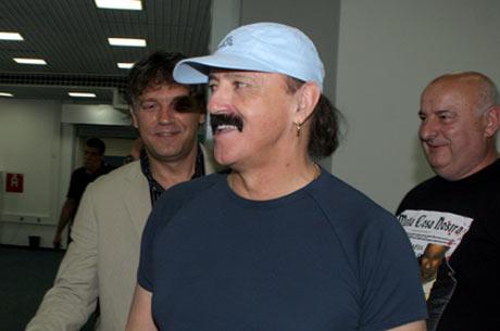 Haris Džinović – турне в Америка