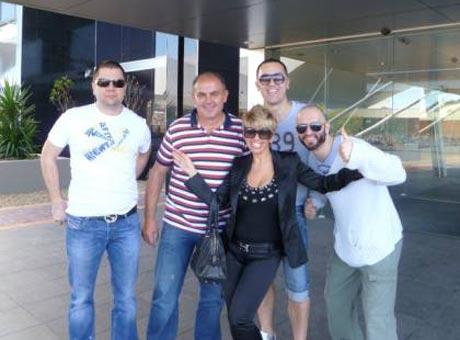 Голямо турне – Dara Bubamara пристигна в Австралия