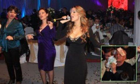 Скандал на сватбата – певците ще се избият за бакшиш!