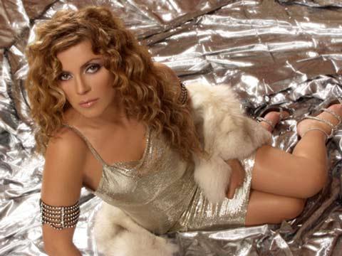Indira Radić все пак записва песента, която беше преотстъпила на Ceca