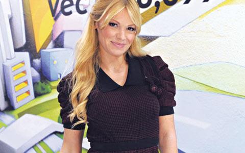 Среща в заведението – Nataša Bekvalac предложила питие на новата приятелка на Dača!