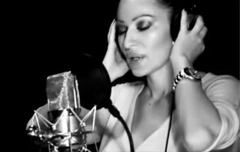 Видеото на Ceca Ražnatović от студиото