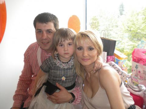 Goca Tržan и семейство