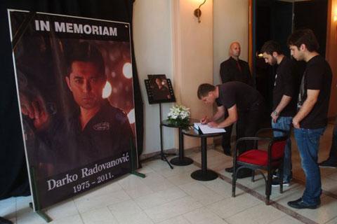 5 000 души изпратиха Darko Radovanović на вечния му път