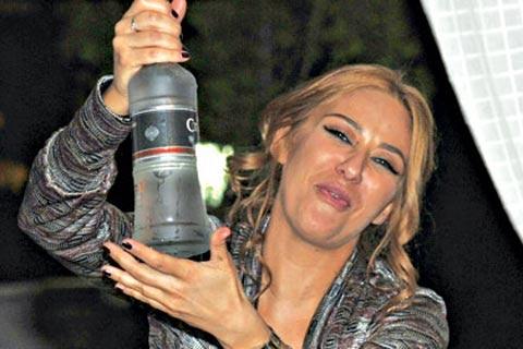 Ana Nikolić: Спрях пиенето!