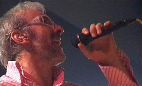 Dino Merlin обмисля отмяна на концерта в Белград