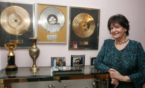 Lepa Lukić – албум със стари хитове