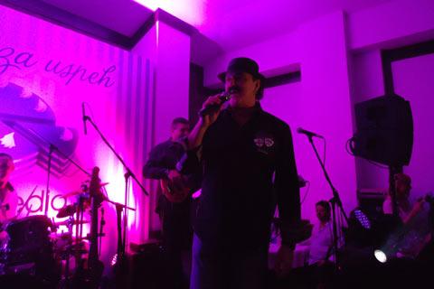 Haris Džinović пя на рождения ден на Nina Media