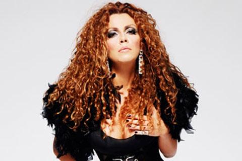 Indira Radić записа песента на Ceca Ide to s godinama