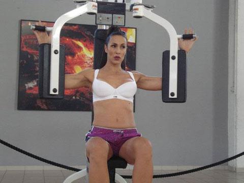 Ivana Banfić има все по-добро тяло