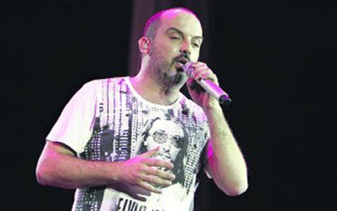 Toni Cetinski ще получи 70 000 евро за посрещането на Нова година в Будва