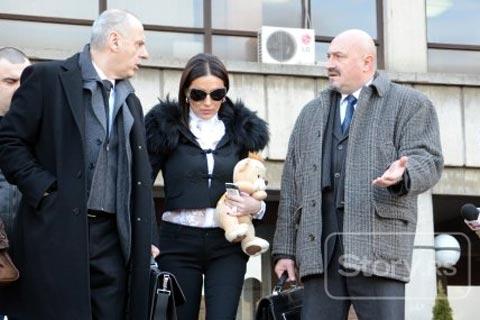 Ceca Ražnatović получи в съда подарък