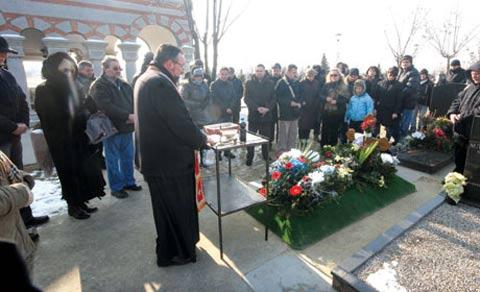 Шест месеца след смъртта на Ljubiša Stojanović