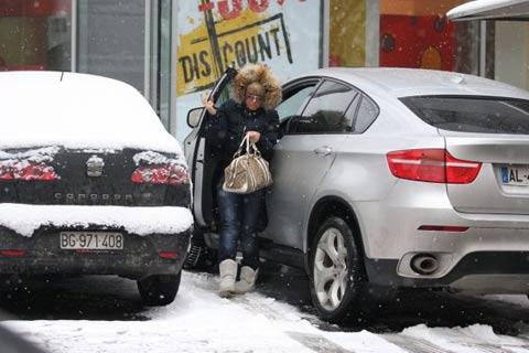 Откраднаха BMW-то на Dara Bubamara