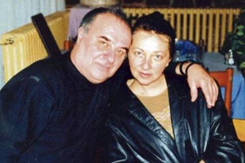 Бившата жена обвинява Miki Jevremović за насилие