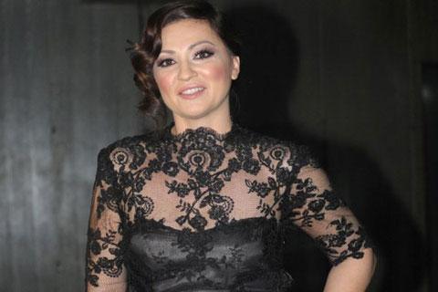 Nina Badrić си оперира гласните струни
