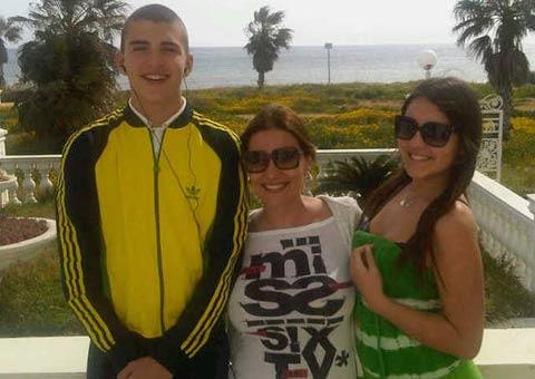 Ceca в Кипър със сина и дъщеря си