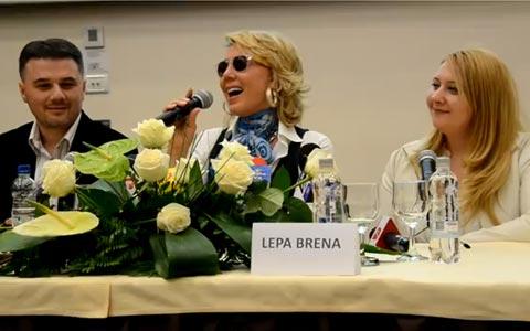 Lepa Brena даде пресконференция за румънските медии