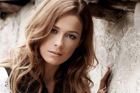 Karolina Gočeva провъзгласена за македонски супербранд