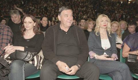 Влюбеният Mrkonjić на концерта на Ana Bekuta