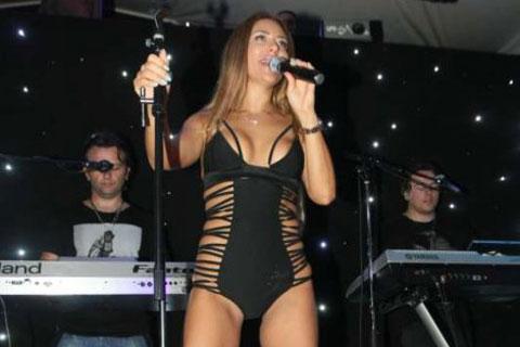 Ana Nikolić пя по бански