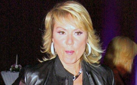 Lepa Brena пее на Бирфеста