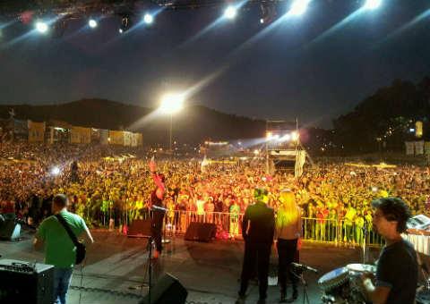 Ceca Ražnatović направи впечатляващ концерт в Гуча
