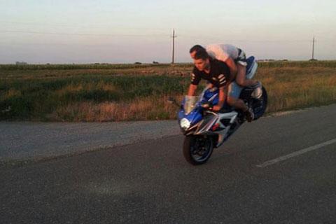 Darko Lazić отново лудува на мотора