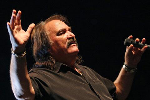 """Легендата в Загреб: Mate Mišo Kovač ще пее на """"Rujanfest"""""""