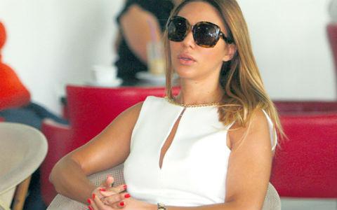 Ana Nikolić отпразнува сама 34-я си рожден ден