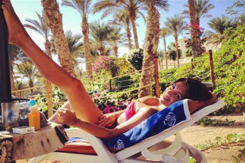 Писна й от клюки: Kaja избяга в Египет