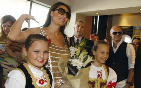 Фолк дивата Ceca Ražnatović беше звезда на благотворителната вечер в Сръбския културен център в Сидни