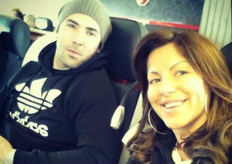 Забавлявала пътниците: Seka Aleksić запяла в самолета