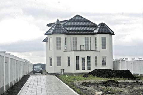 SEKA ALEKSIĆ - 800 хиляди евро