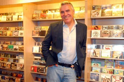 Zoran Predin в Белград на Деня на влюбените
