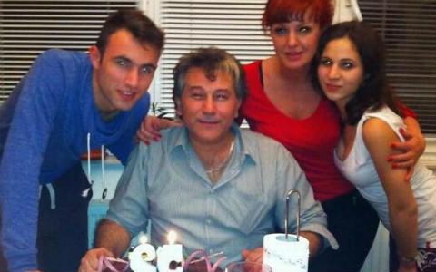 Halid Muslimović отпразнува 52-я си рожден ден в семеен кръг