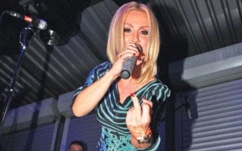Goca Tržan била на система, но въпреки това направи концерта си в Мостар