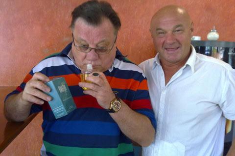 Скоро на пазара: Halid Bešlić прави собствен парфюм