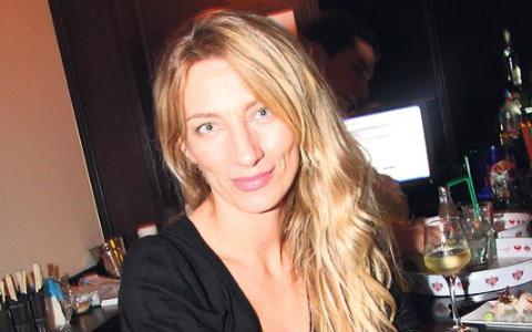 Ana Stanić оперира тумор на гърдата