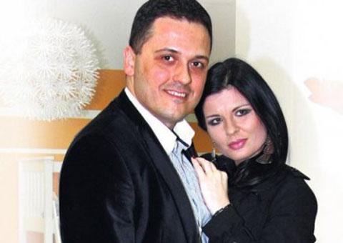 Завършила в Спешното: Maja Marijana бита от съпруга си