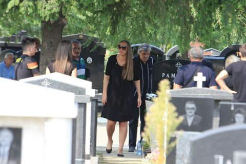 Goga Sekulić струва вчера 40 дни на съпруга си Igor Ramović