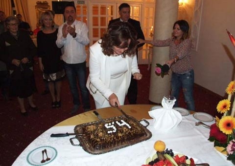 Ana Bekuta отпразнува 54-я си рожден ден
