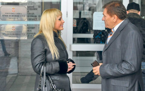 Maja Nikolić и Miloš Bojanić оневинени за обиждане на евреите