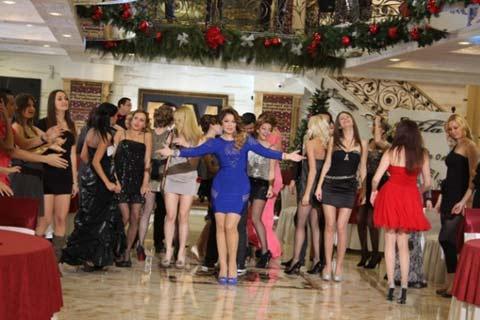 Новогодишната програма на DM Sat: Dragana събра колегите си