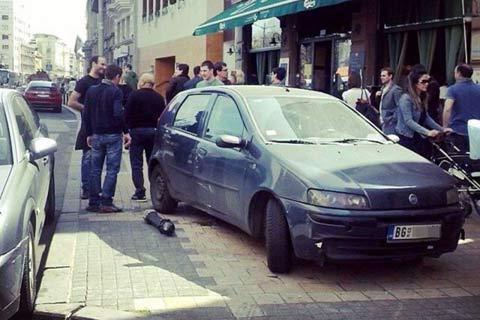 Džej Ramadanovski връхлетял с автомобила си на тротоара пред сградата на Югославската кинотека